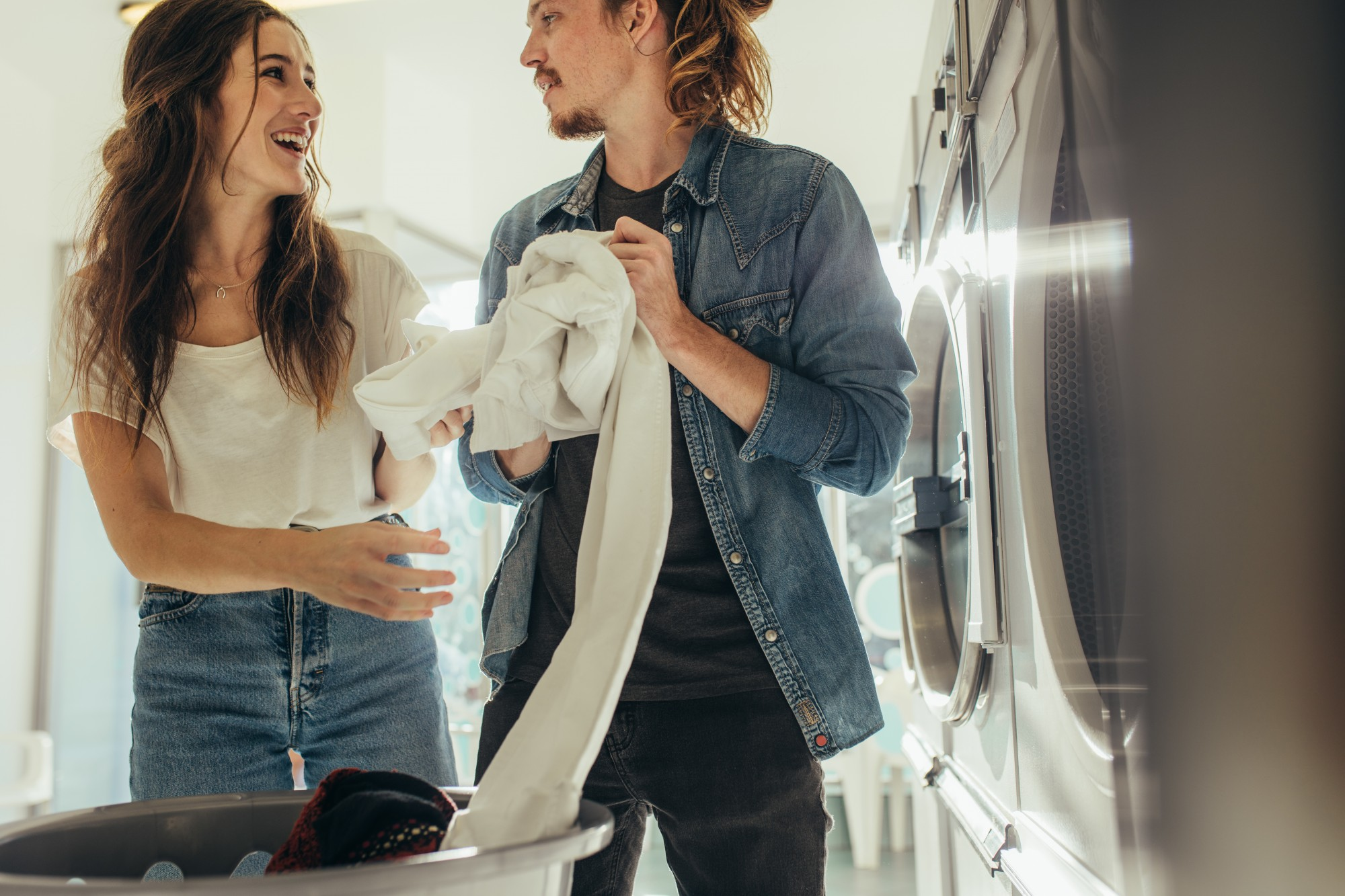 3 Ways to Practice Laundry Room Etiquette