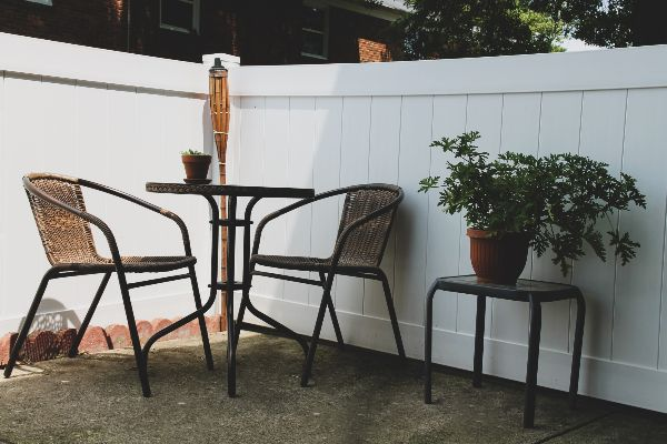 apartments with patios for rent in columbus ohio | the charles at bexley